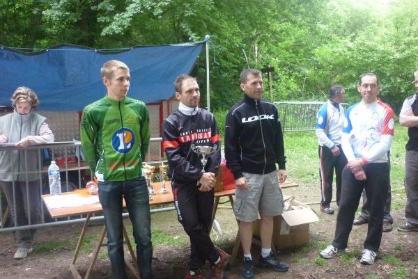 Compétition VTT UFOLEP 18 à Ivoy le Pre le 27 mai 2012