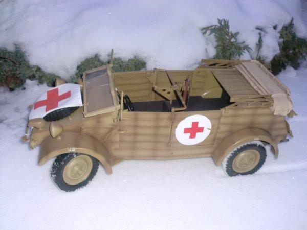 vehicule 1/6 dans la neige