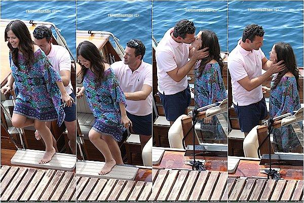31/07/13 : Tammin a était aperçue sur un bateau avec son mari Les deux amoureux sont super Mignons ils vont super bien a deux ..