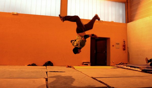 "Salto de Sofiane. ""saut de l'ange"""