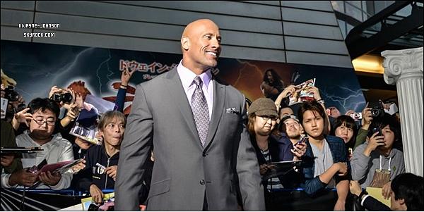 """19 / 10 / 14 l Notre beau Dwayne Johnson était a l'avant première de son film """" Hercules """" a Tokio - Japon"""