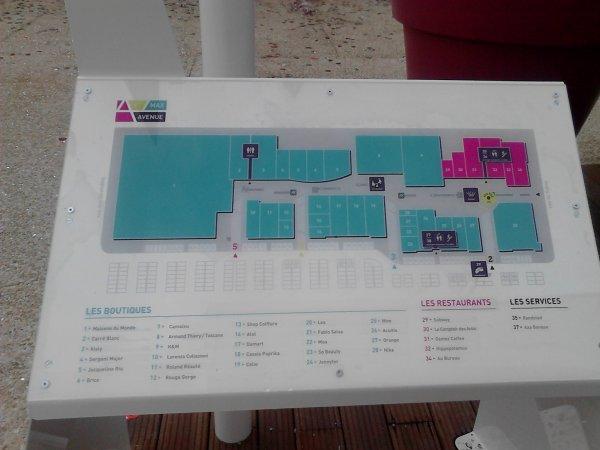 zone cora saint maximin dans l 39 oise saint max avenue michael de creil. Black Bedroom Furniture Sets. Home Design Ideas