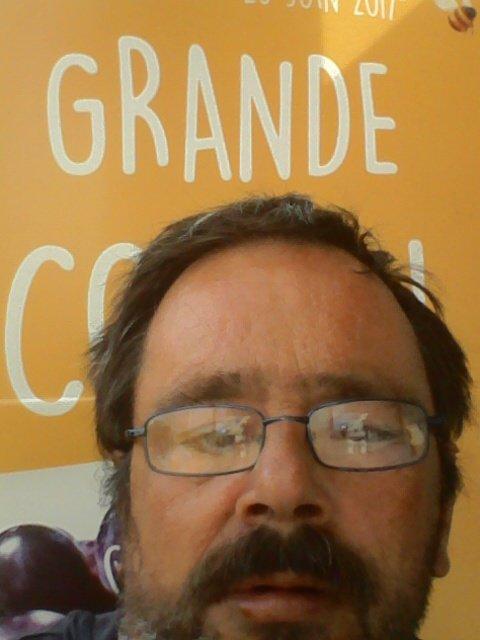 Une petit photo de moi à Creil, fait le lundi 12 juin 2017 ( le centre ville de  Creil )