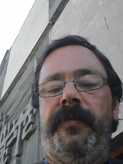 Une petit photo de moi à Creil, fait le lundi 14 août 2017 ( au quartier du Moulin )