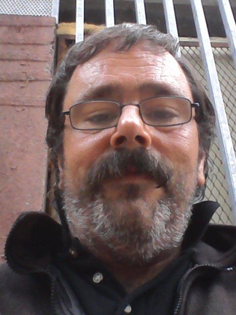 Une petit photo de moi à Creil, fait le mercredi 16 août 2017 ( au quartier du Moulin )