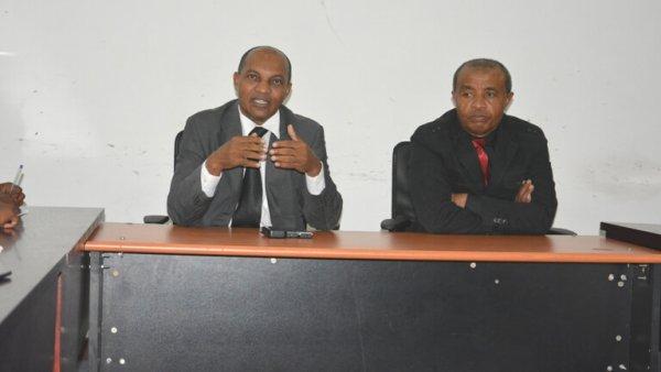 Séminaire parlementaire régional : Les députés observent une trêve