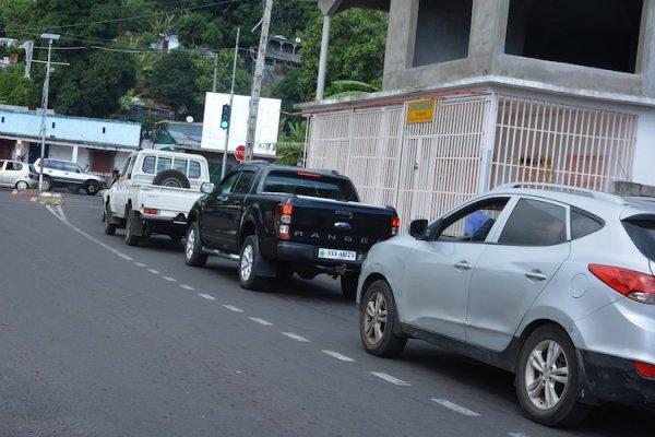 Sécurité routière : L'installation des feux de signalisation à Moroni suscite déjà la controverse