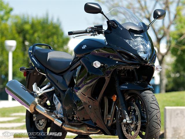 Sécurité moto par le club Creusot moto loisirs