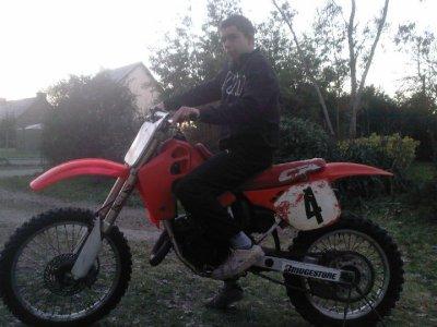 moi sur ma moto.