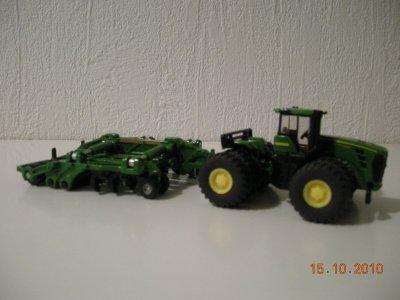 Tracteur John Deere 9639 + cultivateur amazone