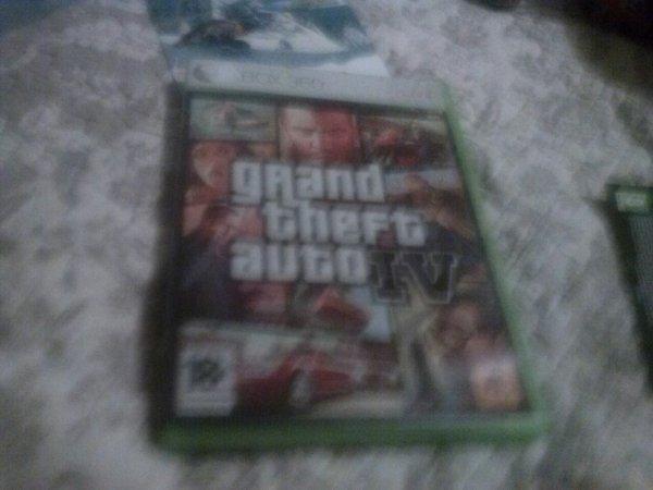 GTA IV (Grand Theft Auto 4)