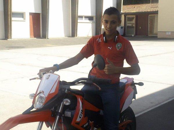 Moi en moto♥