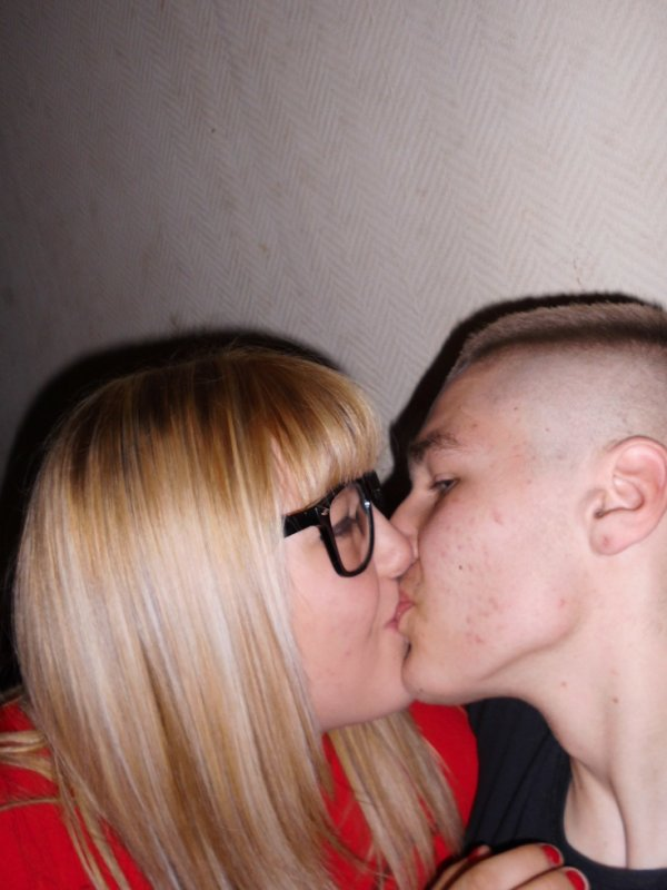 je t aime cest fait biento 2 ans au mois de octobre jais que du bonheure avec toi je t aime mon amour