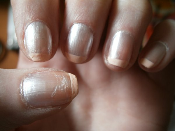 Pinky Pearly Square Nail Art