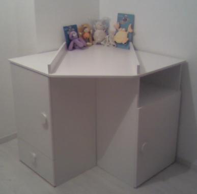 on commence la chambre de b b bebe sera la en mai. Black Bedroom Furniture Sets. Home Design Ideas
