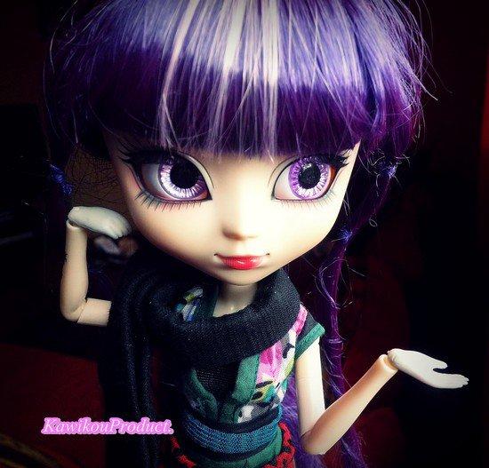 Petite séance juste pour montrer Sanako avec ses nouveaux eyechips.