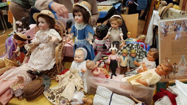 3e salon du jouet ancien et de collection du Grand Ouest à St Aubin du Cormier (fin)