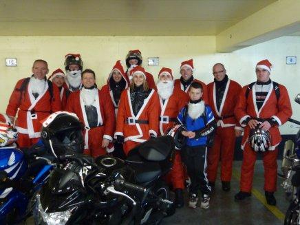 Les Pères Noël en moto !!!!!