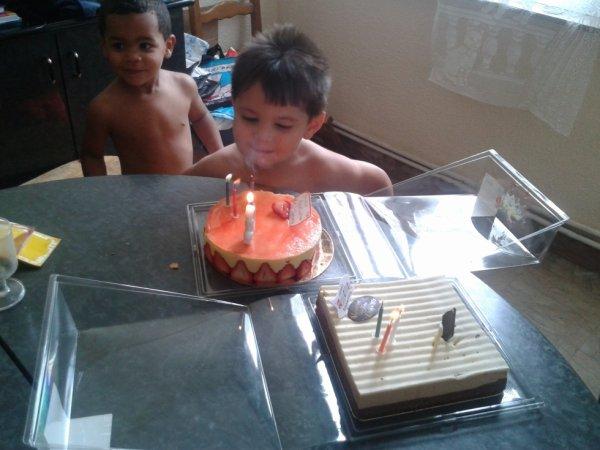 jouyeux anniversaire