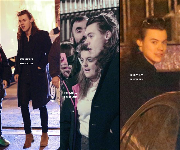 09.11.2015 - Harry Styles et le reste du groupe ont été vus quittant les studios X Factor, à Londres ! Un nouveau top pour H. Les photos ont une qualité de merde et en plus on en a que trois, mais bon on va faire avec ça hein. Avis ?