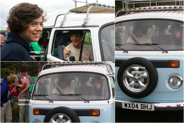 01.12.2011 - Harry Styles et le reste du groupe filmant une scène pour le Up All Night Tour. C'est officiel, les garçons vont faire leur première tournée solo sans X Factor, elle n'est pas encore mondiale. Top pour H.