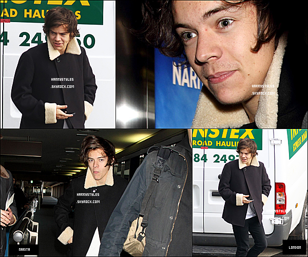 16/01/13 : H. Styles a été photographié arrivant à l'aéroport International  « Heathrow », dans Londres ! Puis il a été vu arrivant à l'aéroport de Nairita qui lui aussi est international et il se situe au Japon. Les boys continuent le tour du monde.
