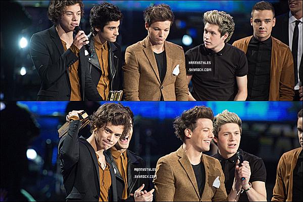 26/01/13 : Les garçons ont posés sur le tapis rouge de l'event « NRJ Music Awards  » se déroulant, à Cannes Lors de cette soirée, leur a été remis l'award du : meilleur groupe pop/rock, ainsi que du meilleur album ! LIVE PERFORMANCE : Here