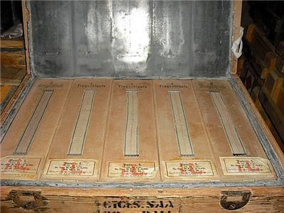 interieur de caisse en bois