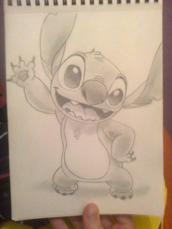 Stitch by moi *o* mon meilleur dessin