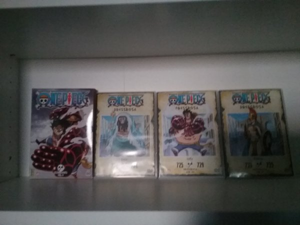 Dragon Ball Z (Son Goku / Son Gohan / Cell) + 2 coffrets dvd de Bleach + 3 coffrets One Piece - Collection