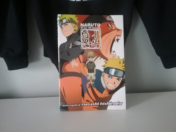 Romans et Artbook Naruto + tome 72 de Bleach - Collection