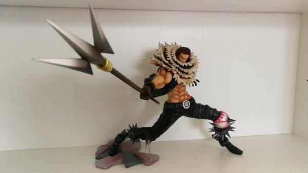 P.o.P S.A Maximum de Charlotte Katakuri (avec le Luffy en Gear 4 - Boundman)