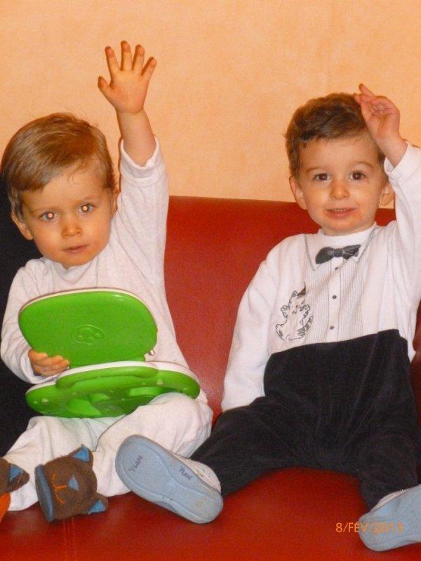 8 février 2013 : 1ère photo dans la nouvelle maison Alex et Ylan