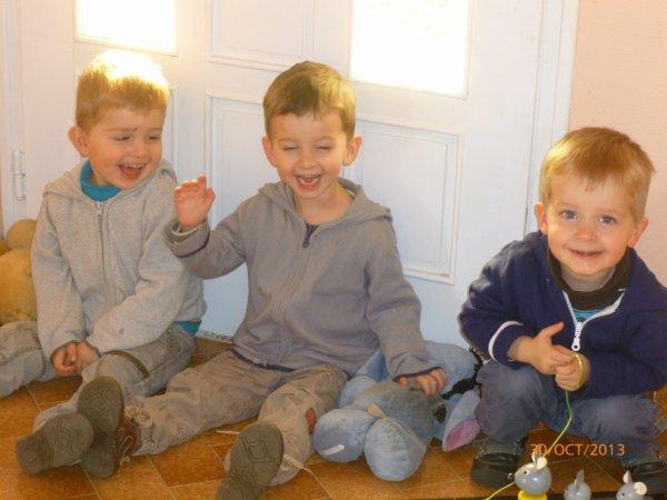 30 octobre 2013 : Léo, Ylan et Alex 2 ans et 9 mois