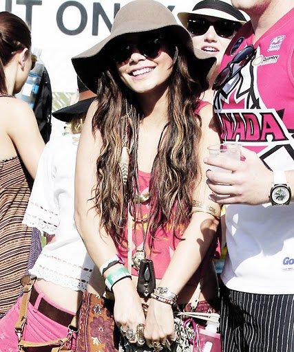15/04/11 Vanessa au festival Coachella