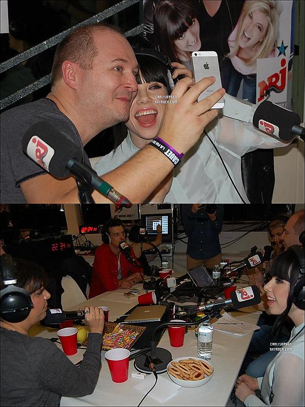 .  25 Janvier 2013 : Carly Rae Jepsen à apercu sur le plateau de NRJ radio avec Cauet. ( à Paris ) .