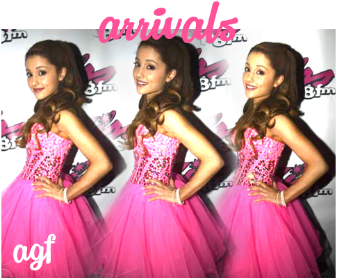 05/18/13 Ariana lors du Kiss 108 FM's Kiss Concert à Boston (performance + meet & greet)