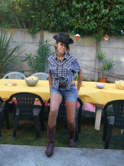 moi en cow-girl lol