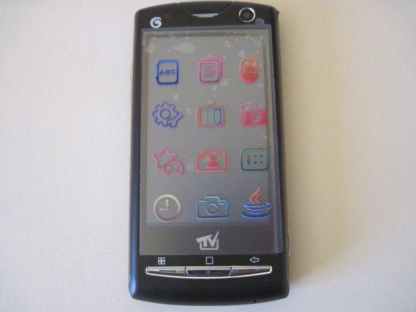 Telephone U9i double sim tactile wifi neuf 90 euros