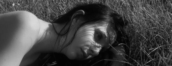 ♥ [мℓℓє-ℓє¨ℓιє ]  :    ♥ ♥  ♥ ♥ ♥ ♥ ♥  ♥ ♥ ♥ ♥ ♥ ♥     ♥         Cupidon , a chaque fois que tu me vise ; c'est mon coeur que tu brise.