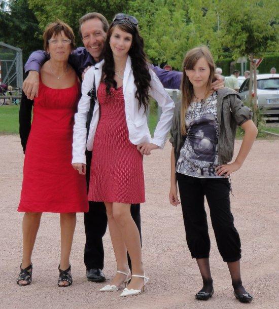 ♥ [мℓℓє-ℓє¨ℓιє ] :  Mes  parents , ma tiite cousiinne  et  moii  ♥