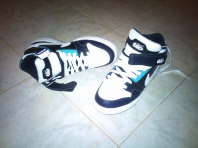 My New NIKE AIR ZOOM MOGAN MID 2 :p