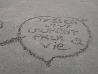 (l) notre Nom dans le sable (l)