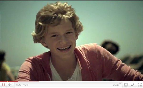 Découvrez ou Redécouvrez tous les clips de Cody Simpson! Pour voir le clip clique sur le titre!