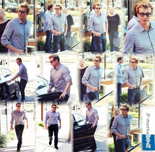 b9de4fe219d924 Simon Baker sortant d un restaurant à Brentwood le 1er mars.