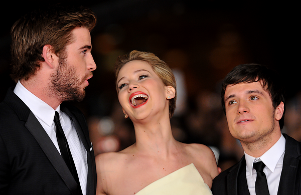 + 2013 || catching fire rome premiere.