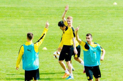 Les joueurs cette semaine (09/10) (Weigl,Ginter,Ramos,Schmelzer,Reus,Aubameyang,Hummels,Januzaj)