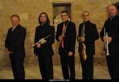 Les musiciens de Paul Selmer excellent aussi dans le classique!