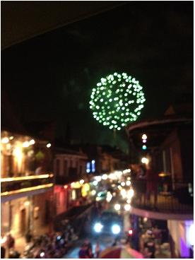 ■ [ Twitter ]  Emmy Rossum poste une photo de la Nouvelle-Orléans