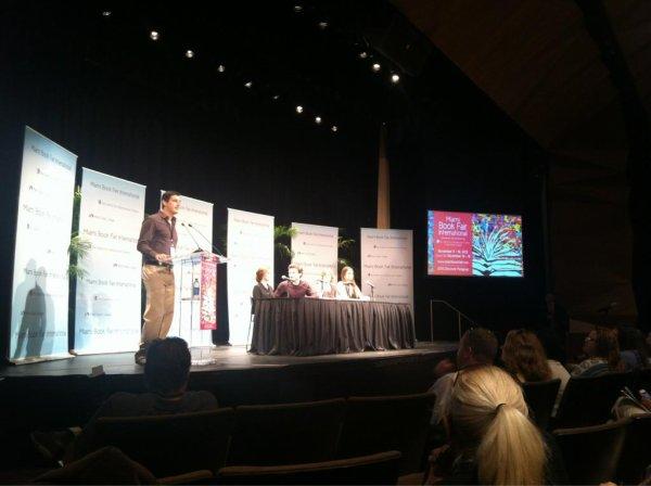 """■ [ Evènement 2012 ]  Margaret, Kami, Alden et Zoey au """"""""Miami Book Festival''"""